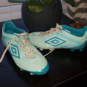 Umbro Velocita Club Womens Soccer Cleats 7.5